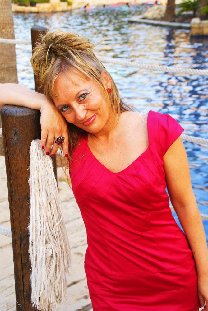 Adelaida_4_posando_mjbolboreta.es
